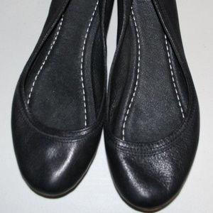 Frye Womens Carson Ballet Flats. Size 7